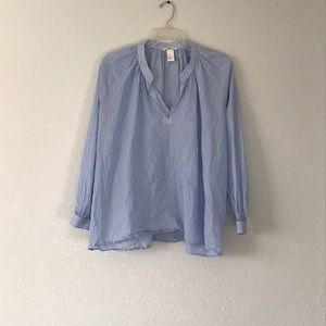 👚 H&M pinstripe long sleeve shirt